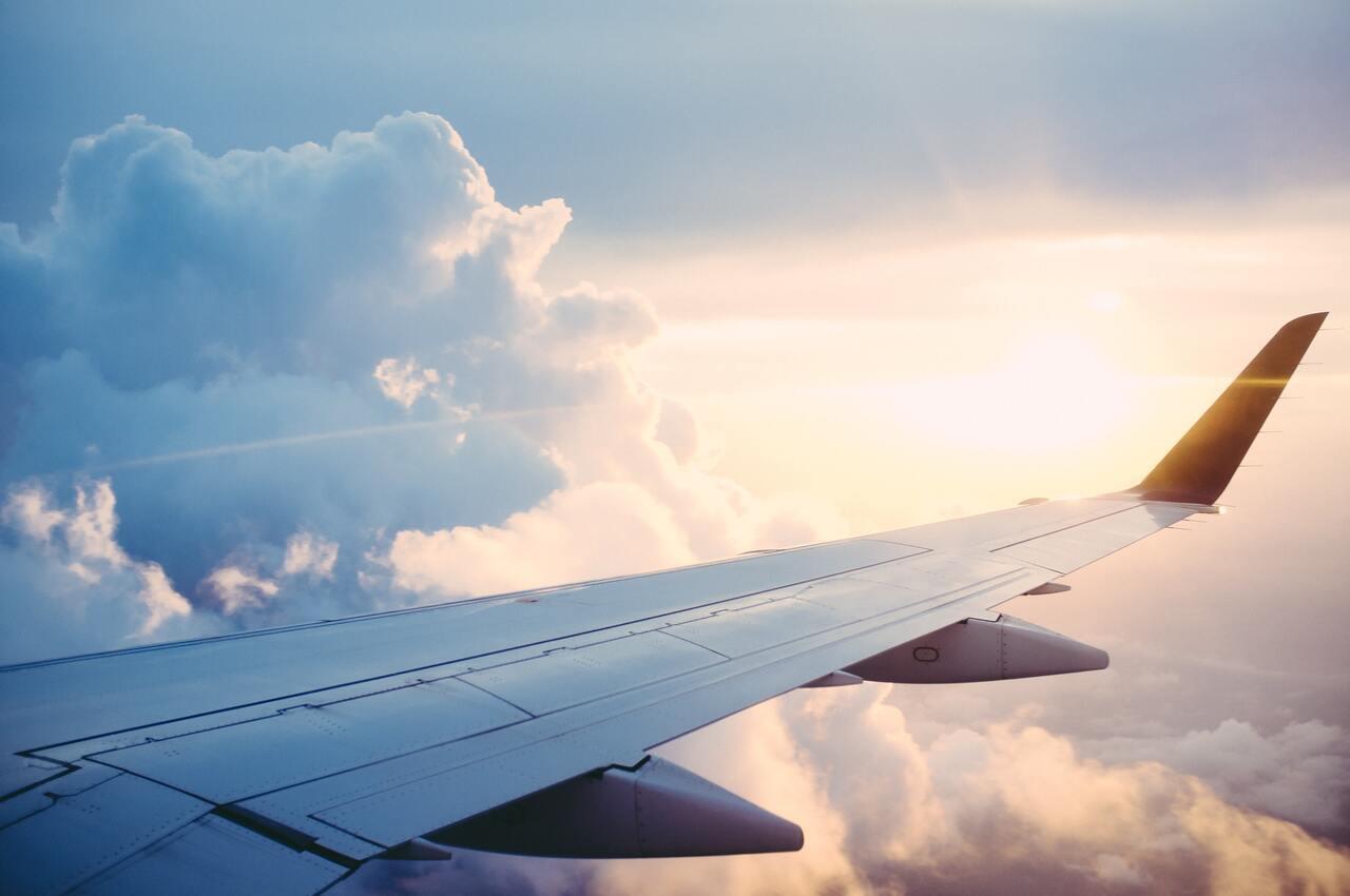 bambini in aereo regole easyjet